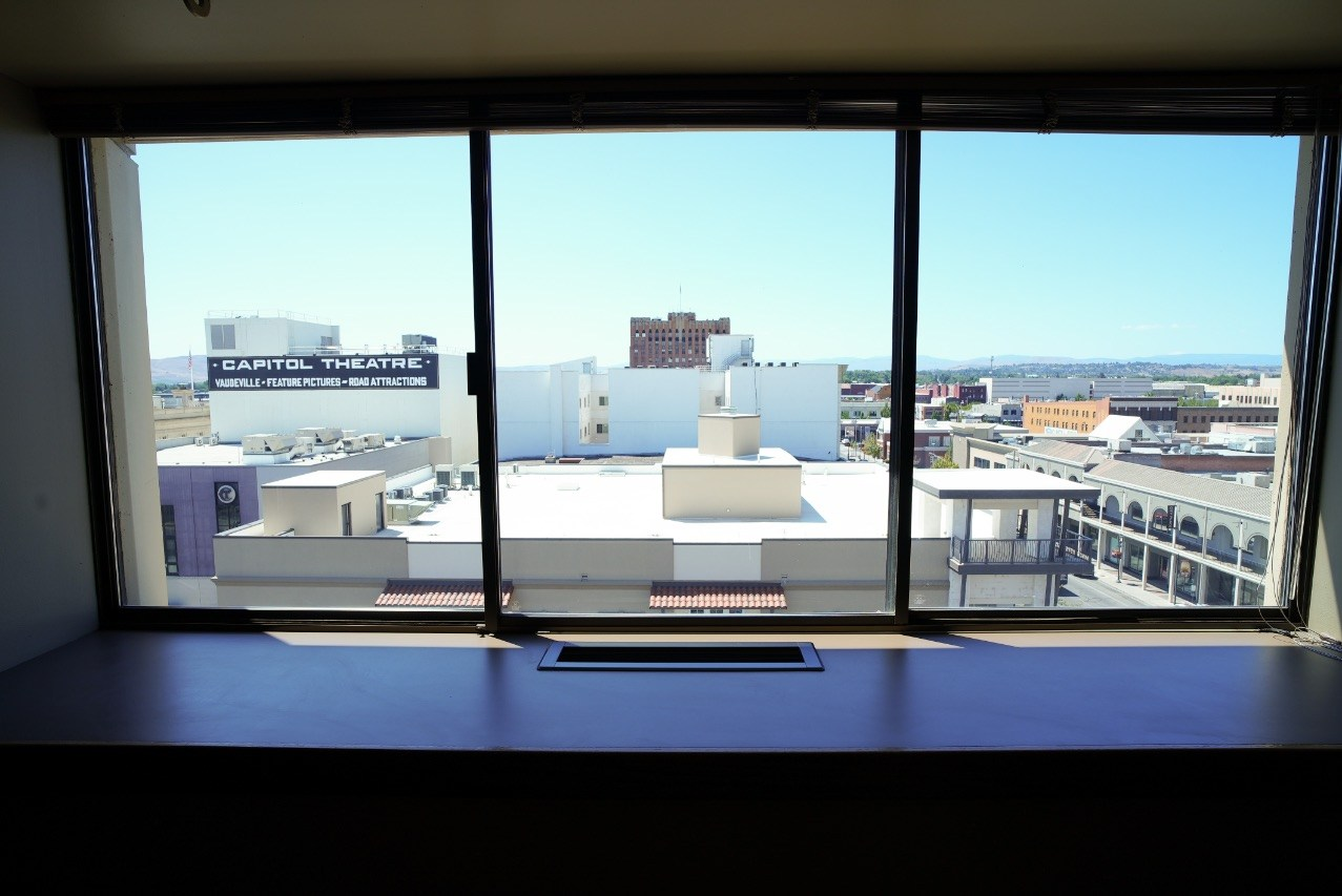 Suite 730 (The Tower)
