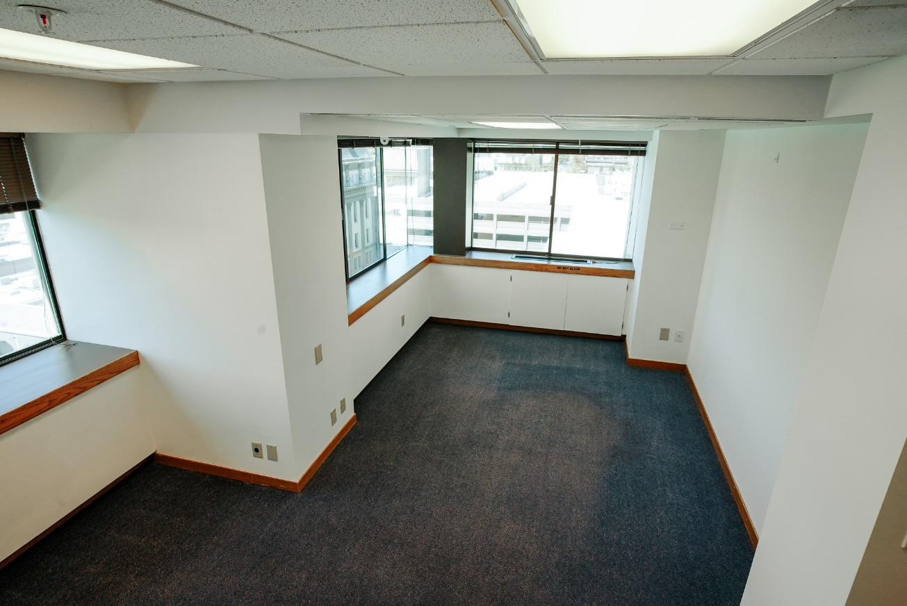 Suite 1050 (The Tower)