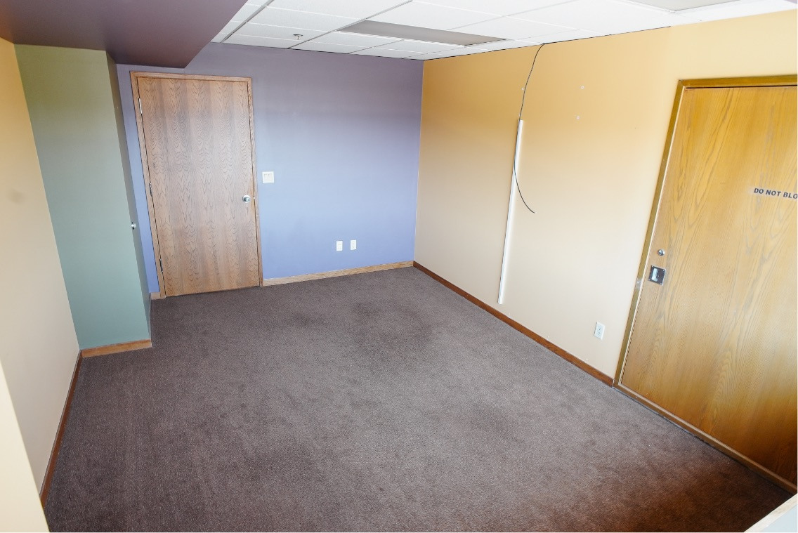Suite 447D (The Tower)